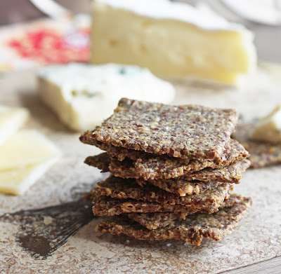 Rosemary & Sea Salt Flax Crackers (Low Carb and Gluten Free) | I Breathe I'm Hungry