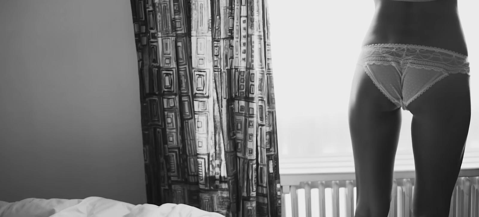 Marisa Papen uit de kleren in zonnig Ibiza voor jubileum C