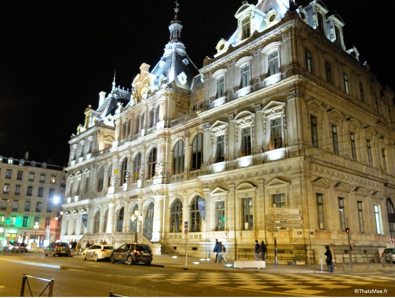Lyon Hôtel de Ville visiter Place des Terreaux ThatsMee.fr