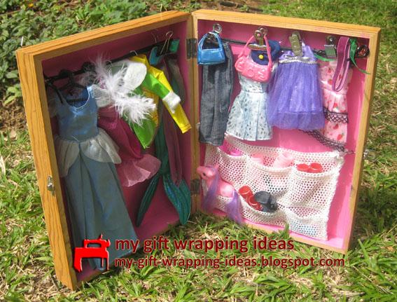 Barbie Closet. Doll Clothes Closet