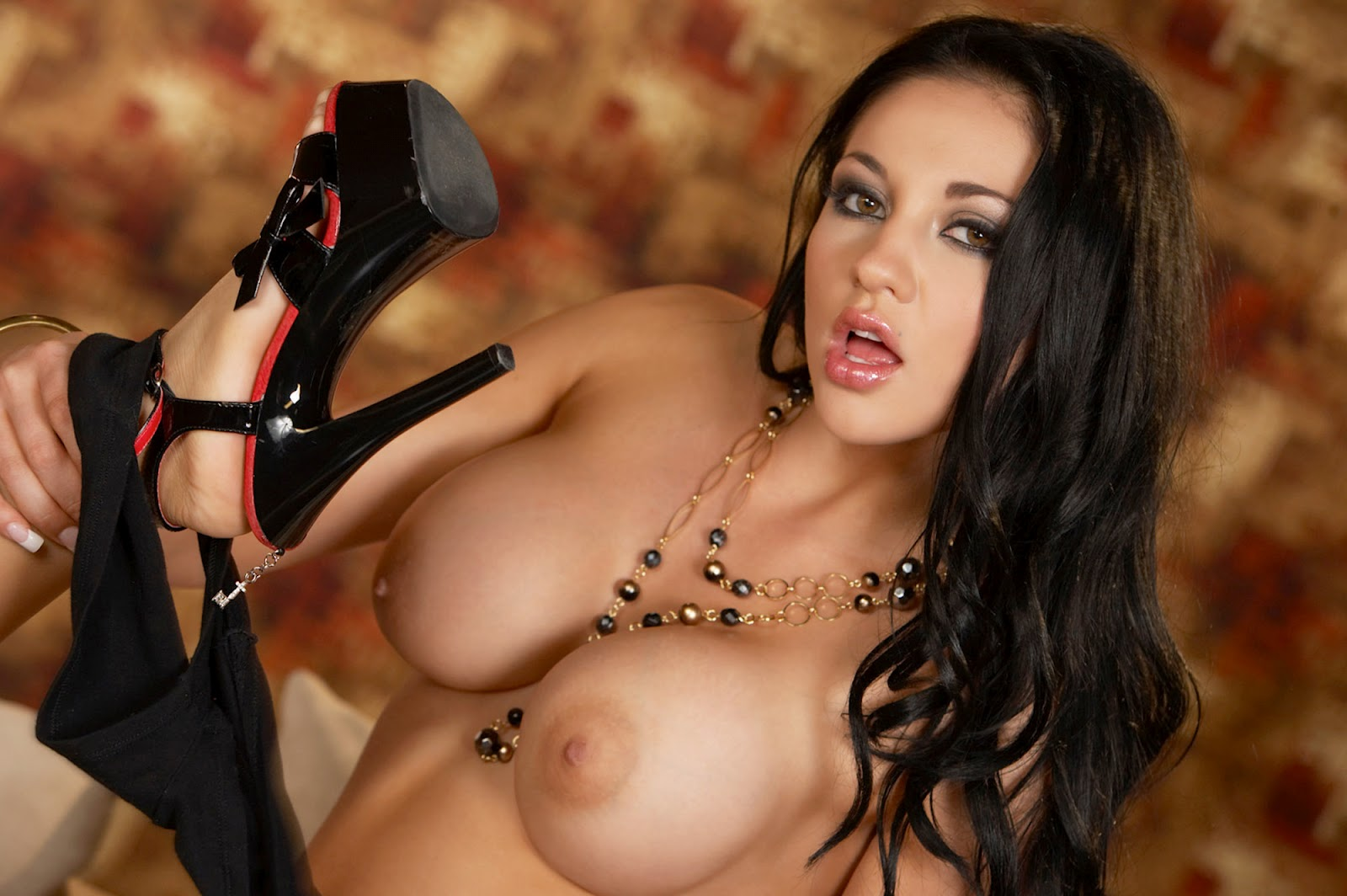 http://1.bp.blogspot.com/-bj5LRBmRu6g/UAvRHzawqmI/AAAAAAAAGUg/6_dvaPYOUF4/s1600/Eva+Angelina_Free_High_Quality_1920x1200_Wallpapers_For_Your_Desktop_02319191%2825.07.2011%29.jpg