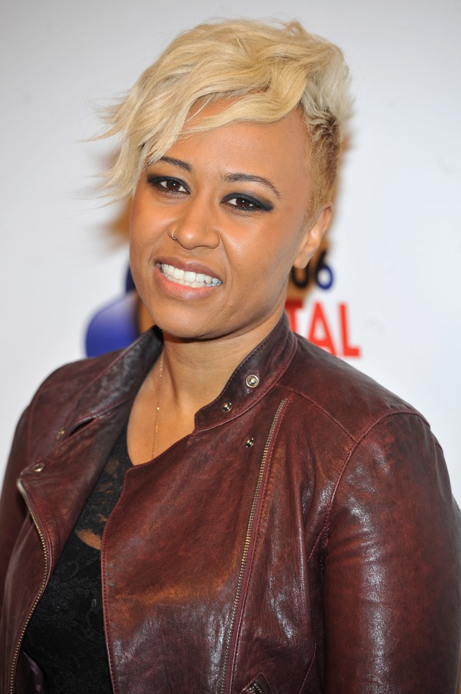 Emeli Sande Wins BRITs Critics Choice Award
