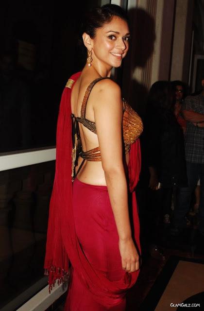 Aditi Rao Hydari In Traditional Saree