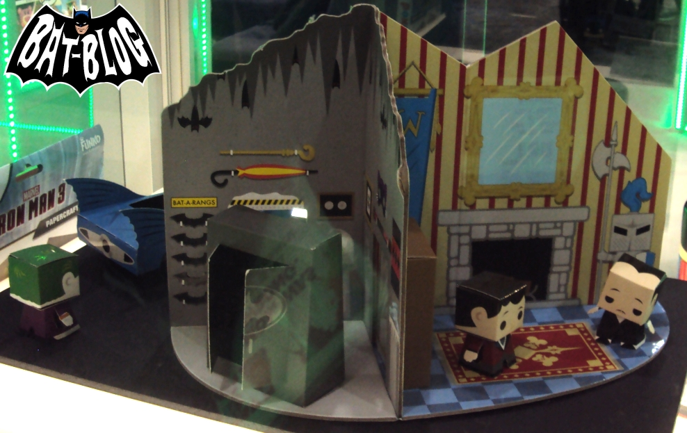Funko-batman-papercraft-batcave-playset-