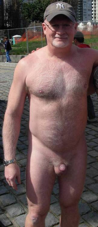 Hairy Mature Silverdaddy
