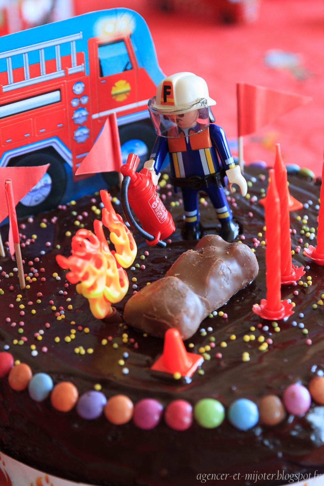 Agencer et mijoter diy anniversaire pompier 4 ans - Deco anniversaire pompier ...