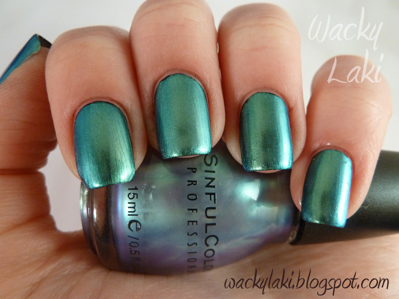 The Cool Green metalic nail polish ideas Pics