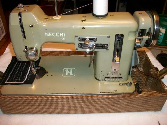 Perfect Stitch August 40 Beauteous White Sewing Machine Model 1265
