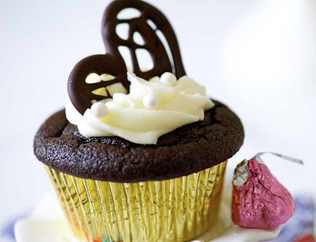 Best Ever Quinoa Chocolate Cupcakes...Gluten Free!