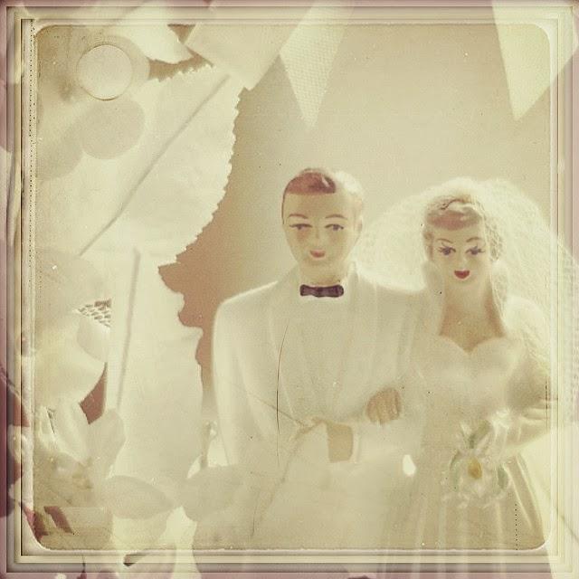 Wedding Cake Toppers Vintage: ADORED VINTAGE: 10 Vintage Inspired Wedding Cakes