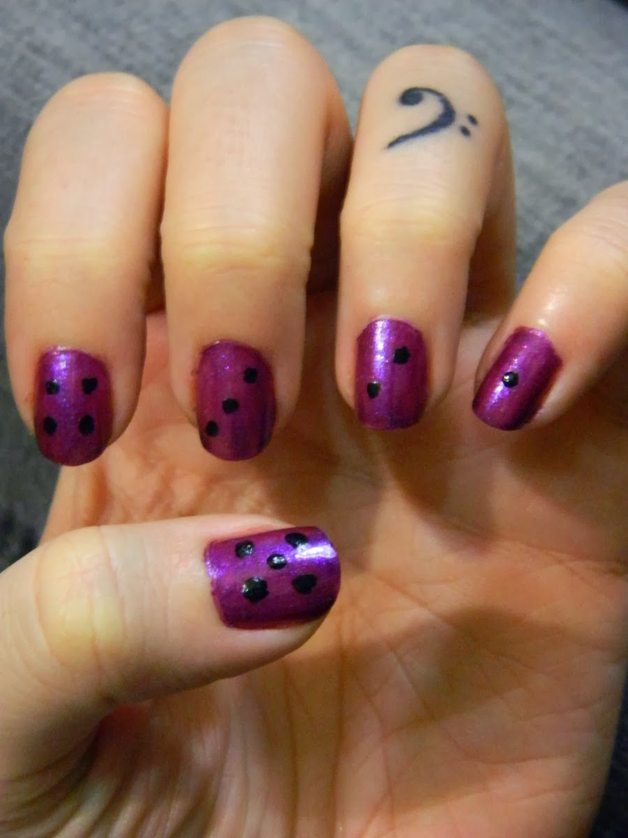 feeling lucky purple and black dice high roller nail art - la colors np392 amethyst and simply sweet nail art pen in black
