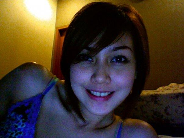 Potong Rambut: Fenita Arie potong rambut pendek