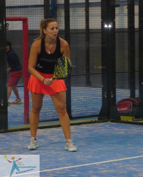La jugadora Vanesa Abad preparada para el resto