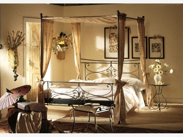 Art Déco: Chambre à coucher romantique à Baldaquin