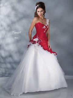 Pia Benelli vestidos originales 2012