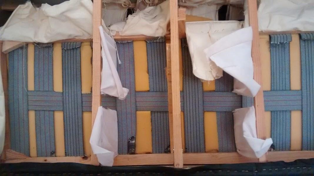 Reparar un sill n de ikea que se hunde andromeda for Como arreglar un sofa