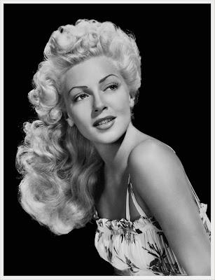 Lana Turner foto en blanco y negro