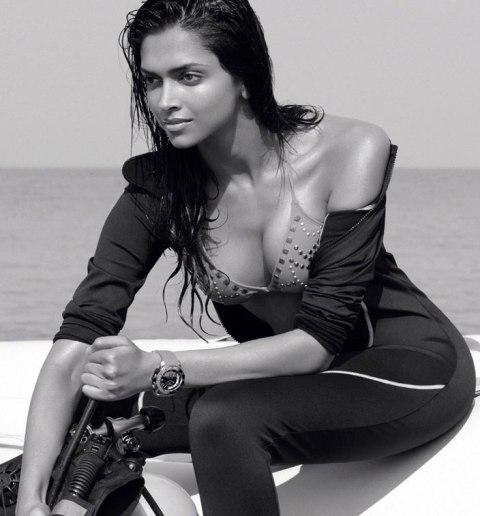 Deepika-Padukone-Hot-bikini-all-wet
