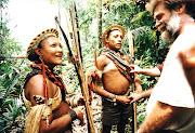 . com veia de denúncia social, sobre o massacre da população de índios no . (corumbiara)