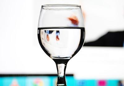3 Kriteria Air Putih (Air Minum) yang Patut Anda Konsumsi