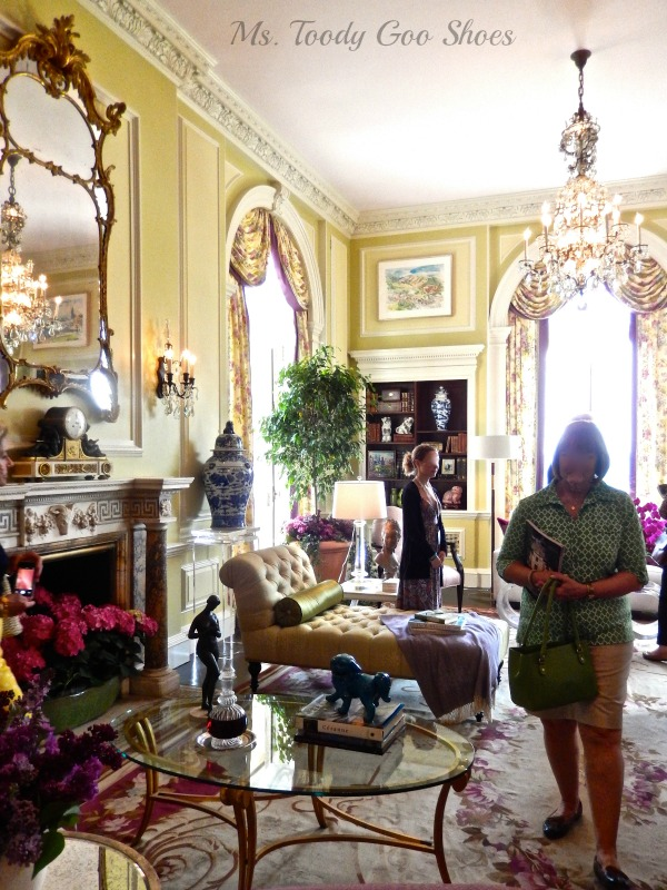 52-Room Mansion Tour: (Part 1 of a Series) --- You have got to see this house to believe it! --- Ms. Toody Goo Shoes