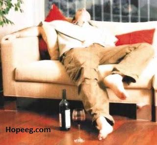 اسباب ادمان الكحول