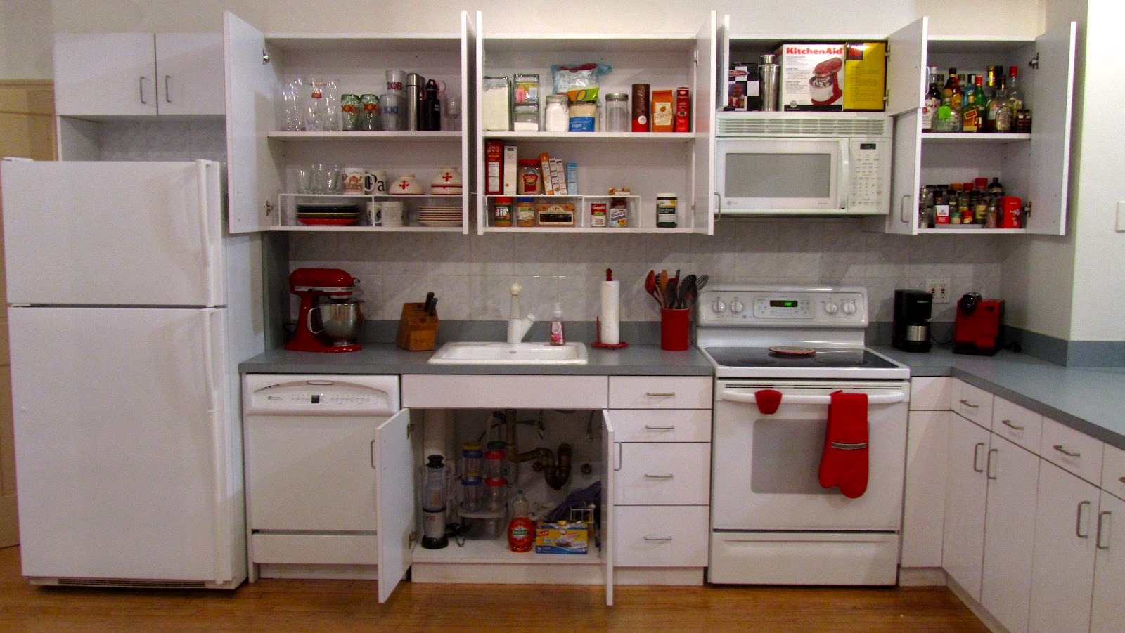 Where To Put Dishes In Kitchen Cabinets Roselawnlutheran