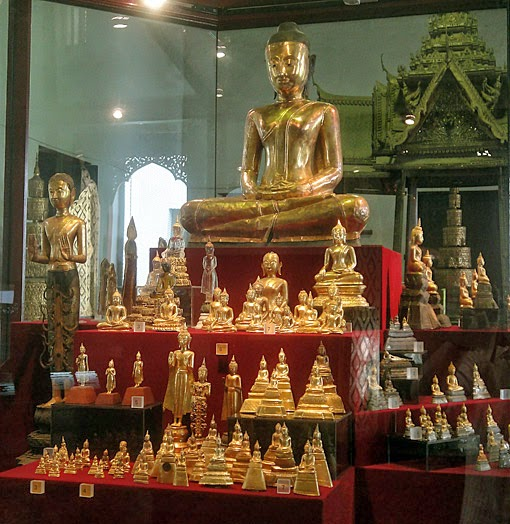 Gold treasures found in a niche of a stupa at Wat Mahadhatu
