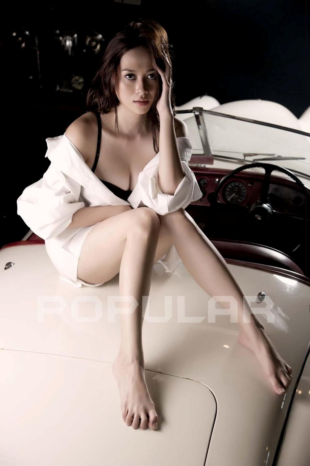 aura kasih hot sexy indonesian model aura kasih hot sexy