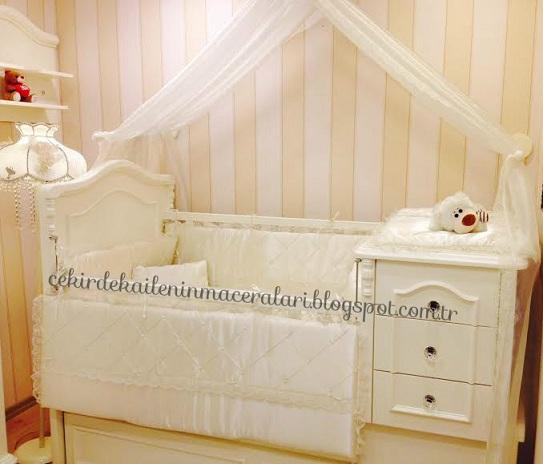 açılabilir bebek yatağı