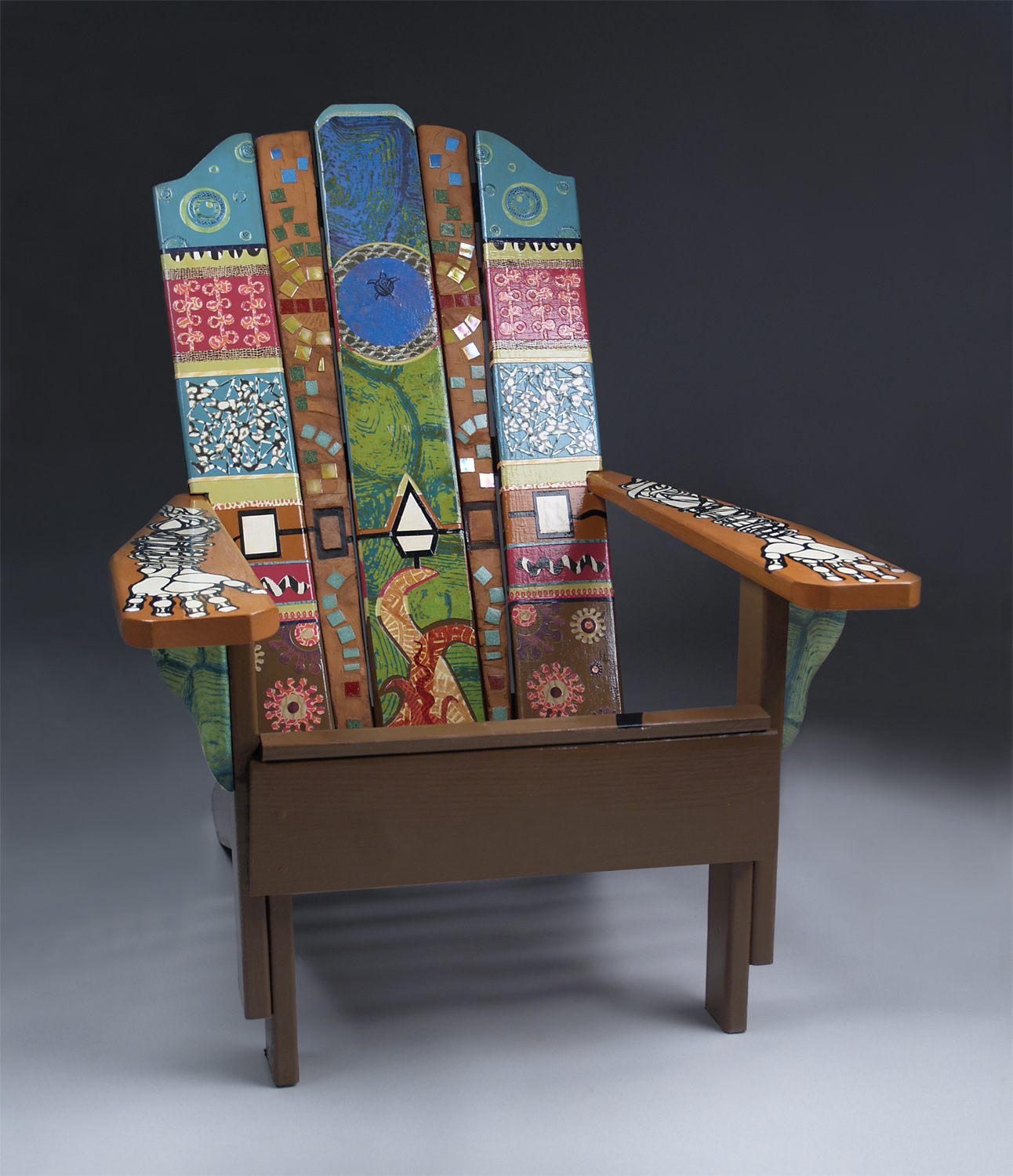 FLCC Connects: Faculty, students design chair for raffle