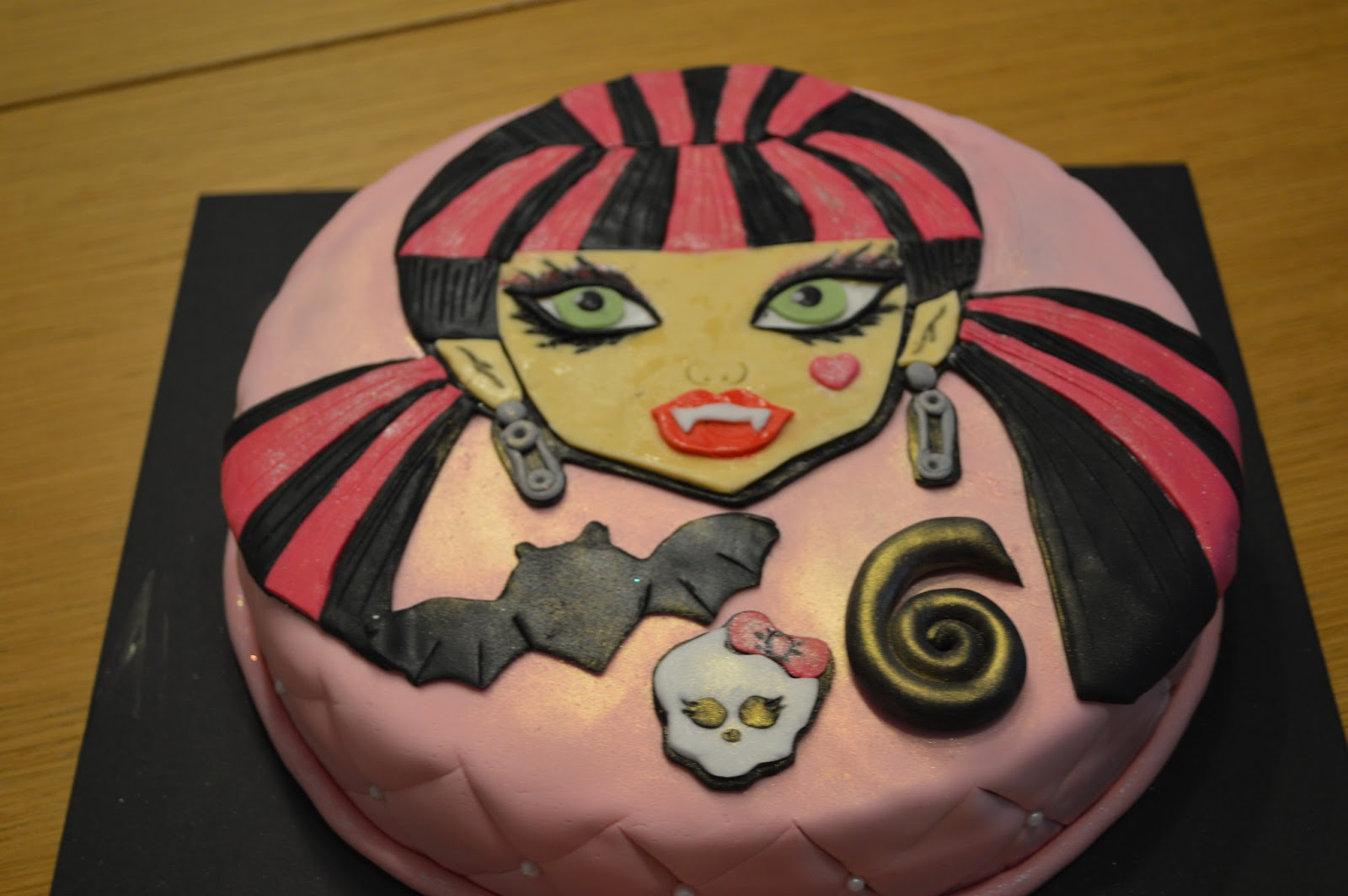 pastis fondant, monster high