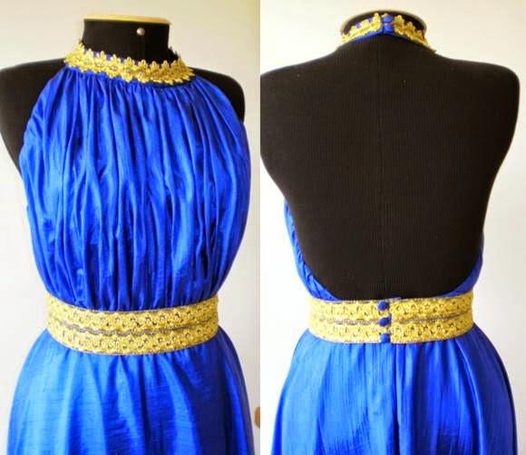 vestido longo azul frente única com pedrarias