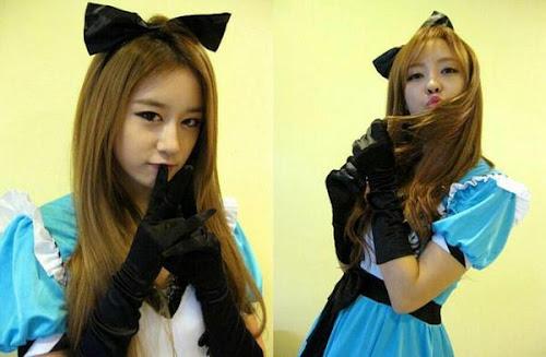Foto Jiyeon dan Hyomin dari Aplikasi Android T-ara