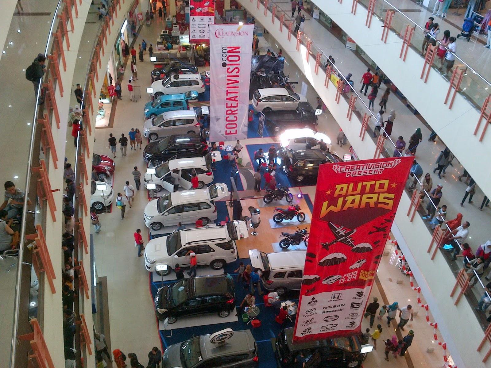 Pameran Otomotive : Auto Wars di Mall Olympic Garden