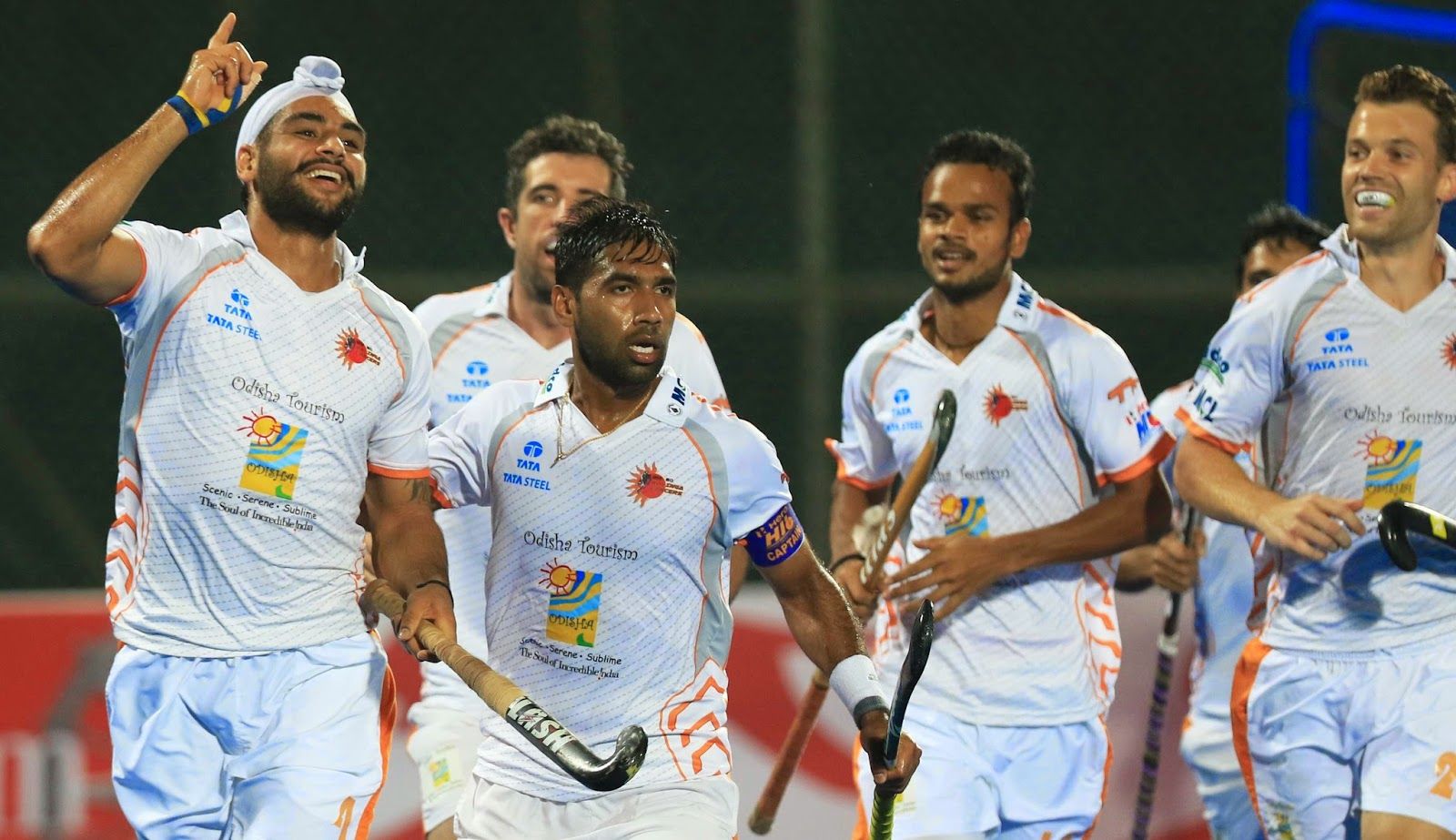 HHIL: Kalinga Lancers players celebrates the moment