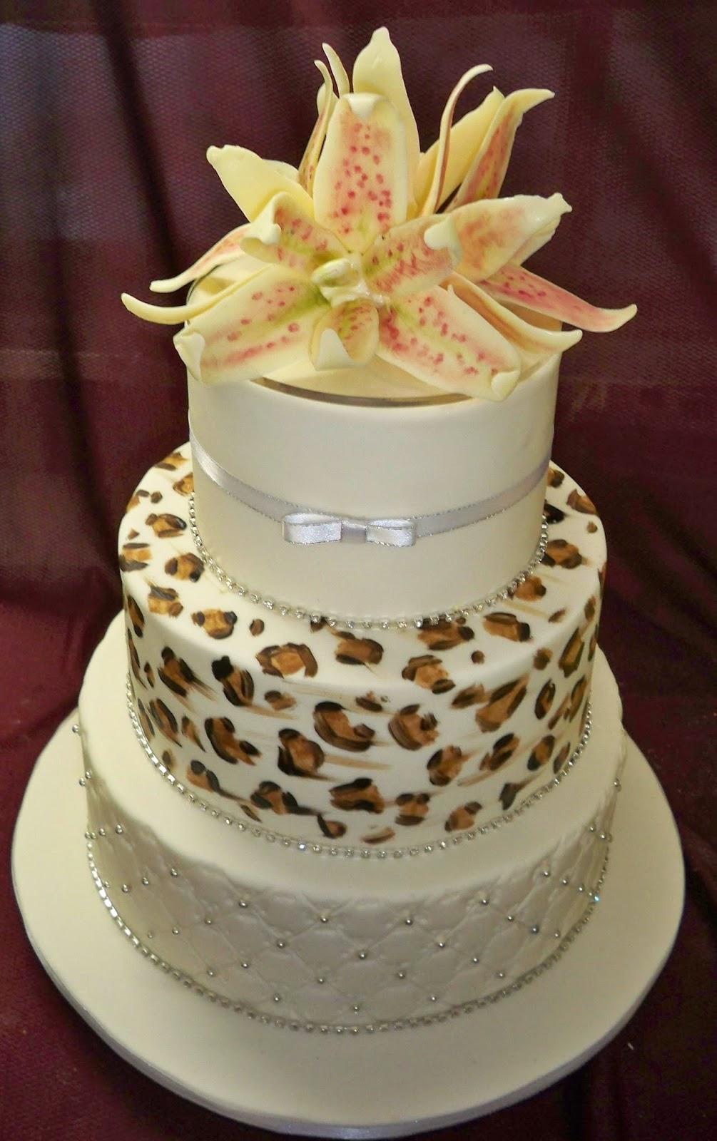 animal print elegant wedding cake elisabeths wedding cakes