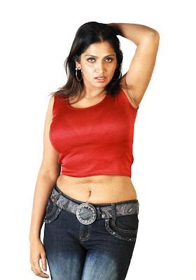 bhuwaneshwari spicy actress pics