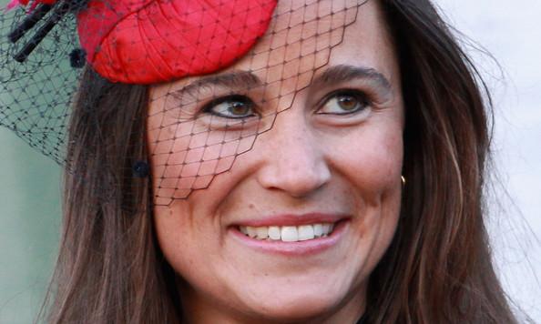 Alex Loudon dumpet Pippa Middleton fordi hun ikke er noe koneemne, på tross av rumpa! thumbnail