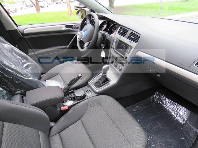 Volkswagen Golf MSI Flex Automático 2016 - interior