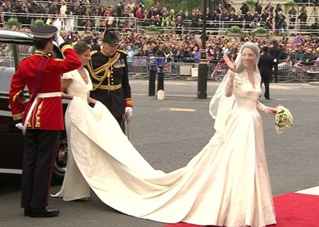 royal wedding kate middleton dress. Kate Middleton Royal Wedding