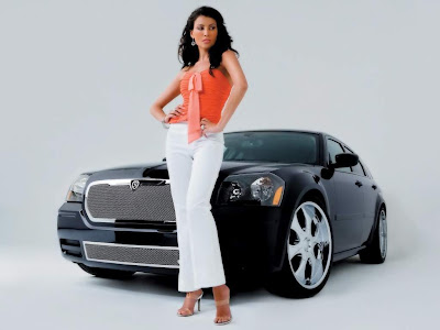 Sexy_Women_and_Stunning_Cars_Wallpapers_Part_II-01