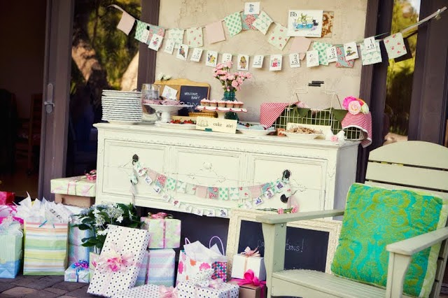 Cómo Decorar la Mesa para un Baby Shower