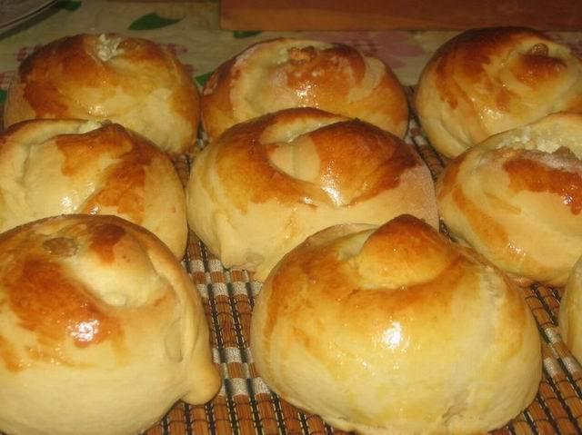 Творожные дрожжевые булочки рецепт с фото