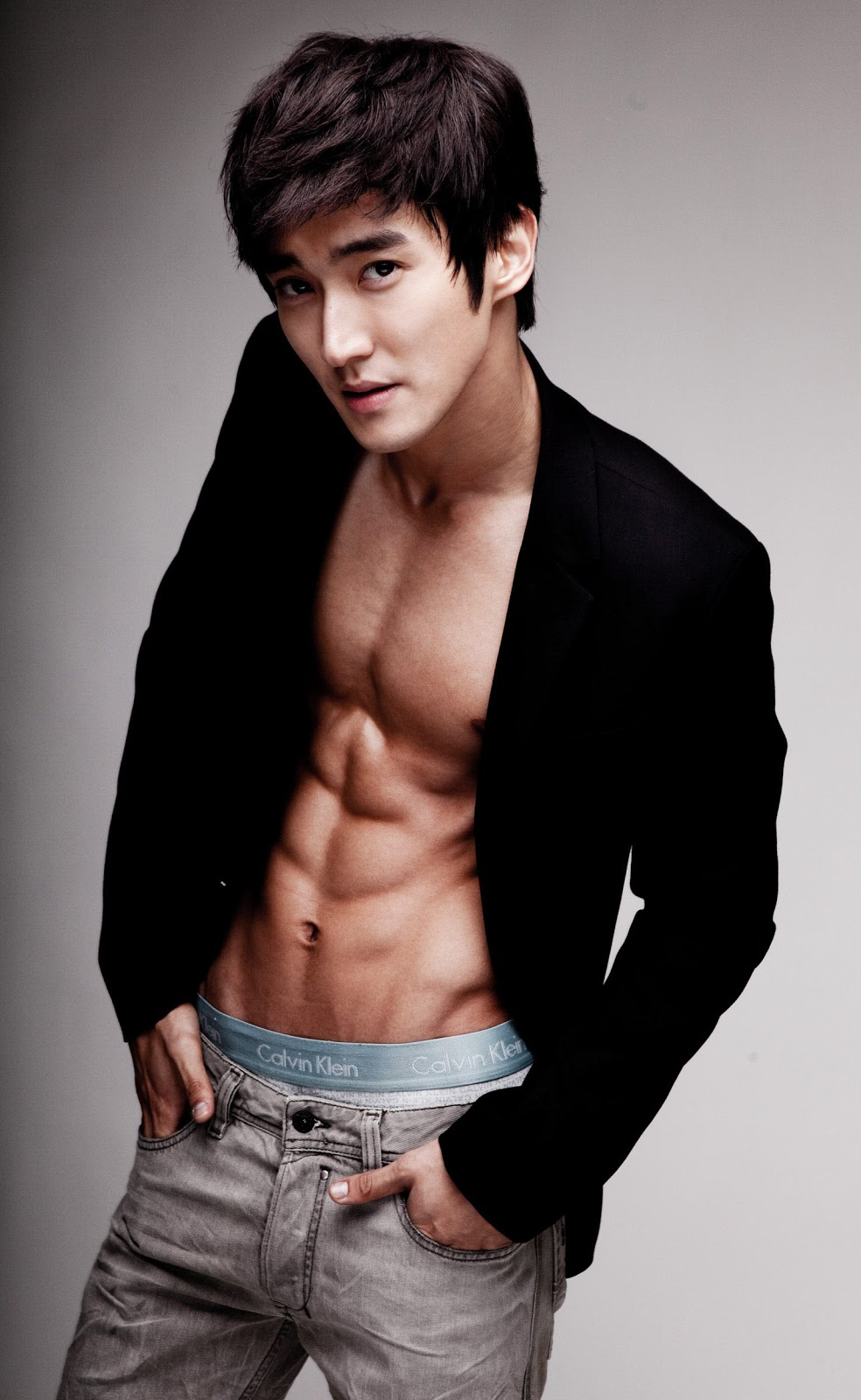 Siwon Athletic Body39;s Wallpaper  Take Wallpaper