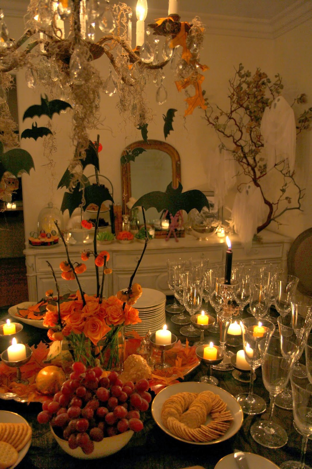 Dare to Dine: Spooky Glam Halloween Party