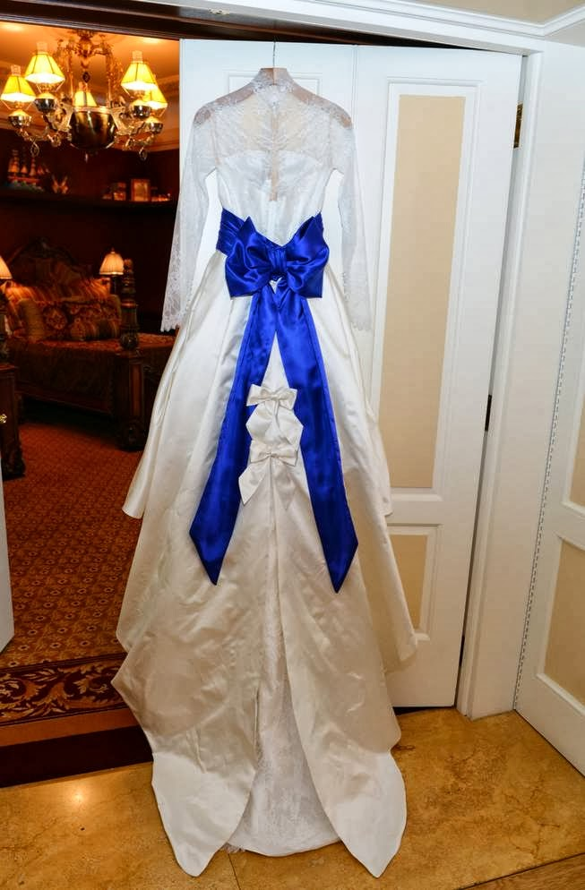 Budget Fairy Tale Holly Madison S Blue Bayou New Orleans Square Disneyland Wedding