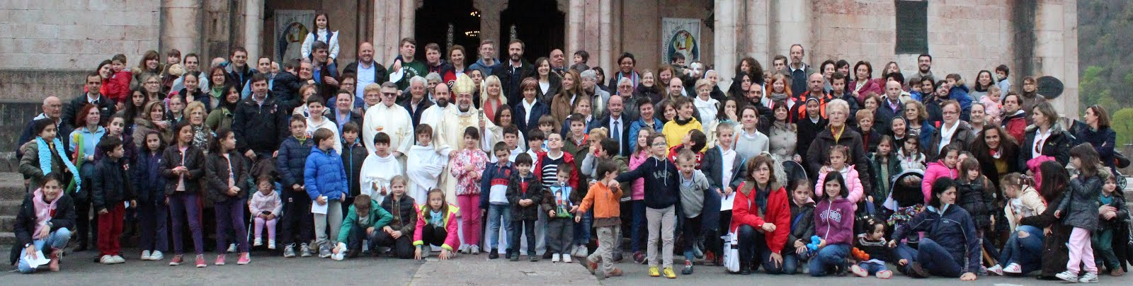 SUBIDA DE LAS FAMILIAS A COVADONGA