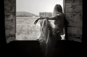 كيف ارجع حبيبي  - فتاة حزينة مجروحة فى الحب