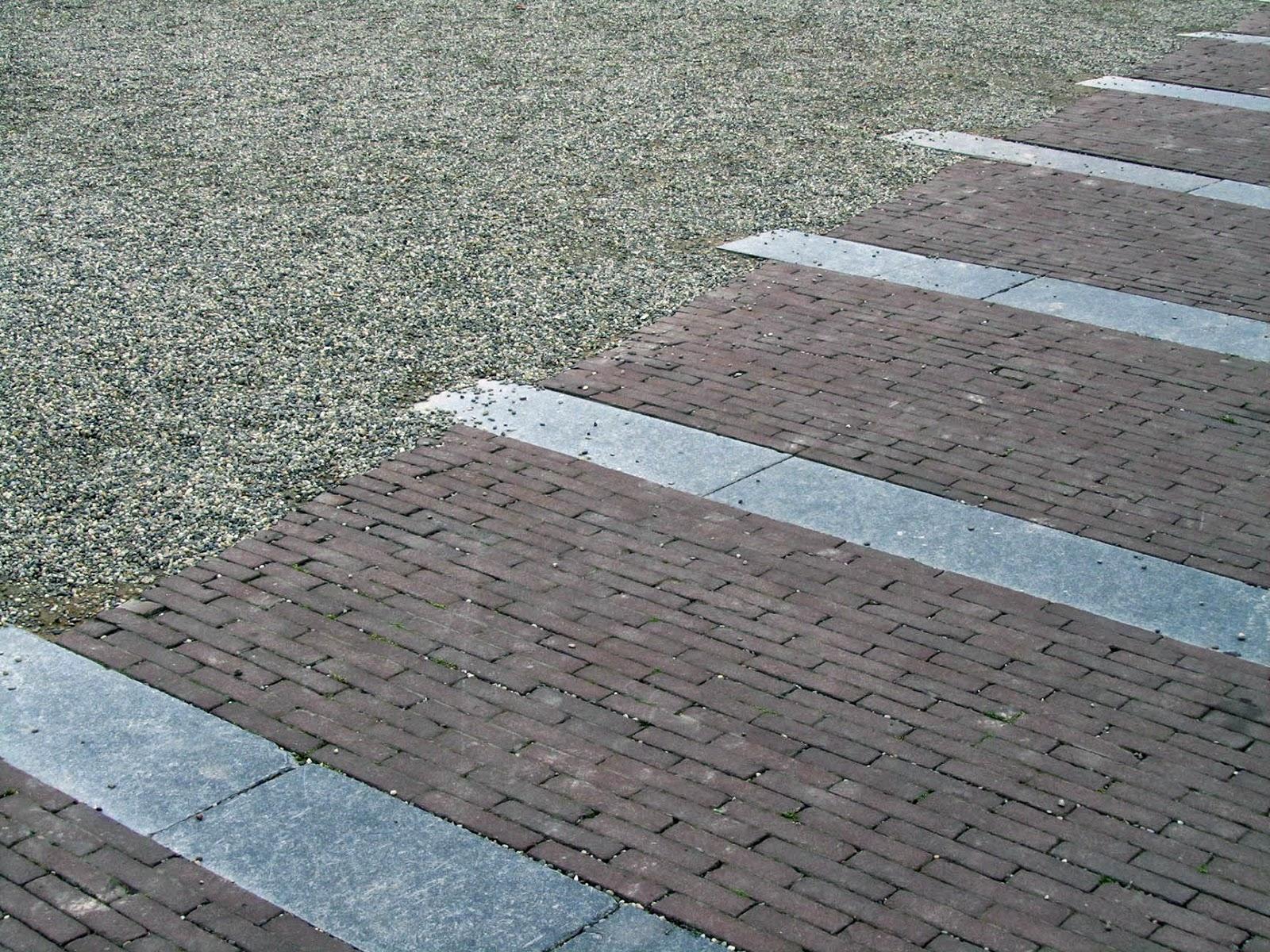 sidewalk diagonal